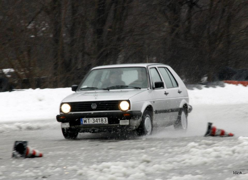 autoszybypakula-slizgawka-bemowo2012