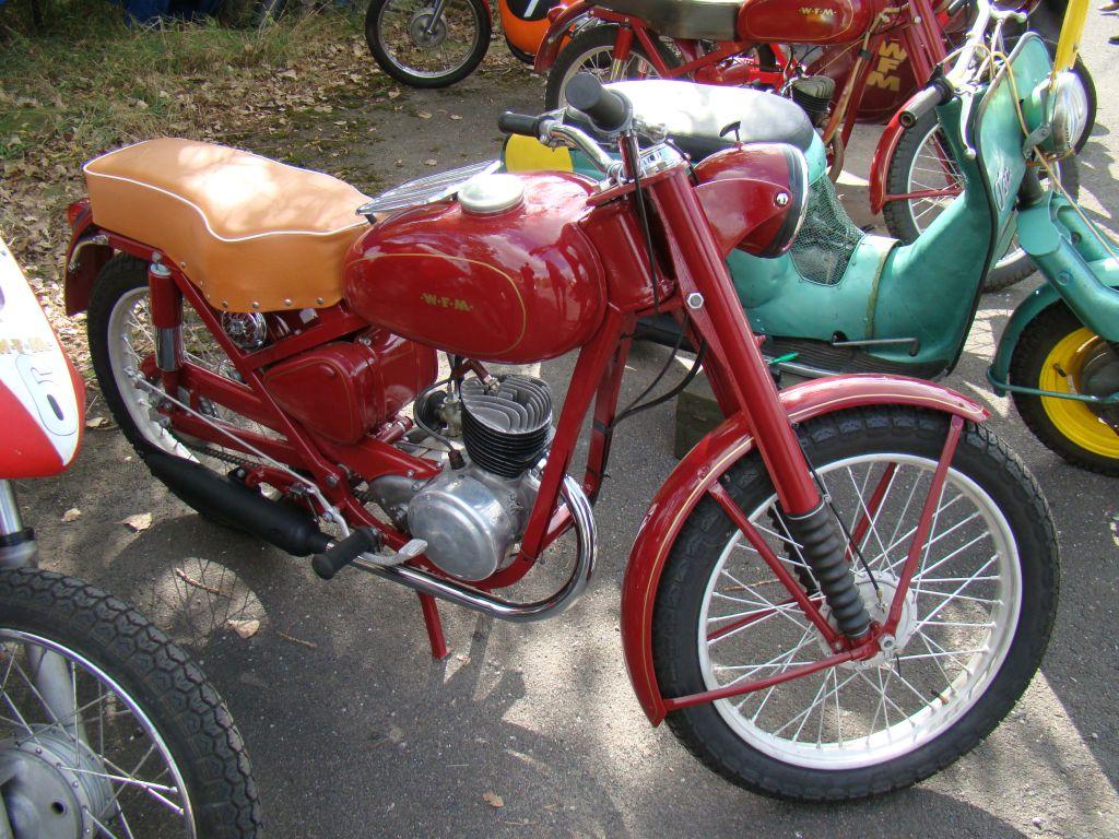autoszybypakula-60-lat-wfm-2011