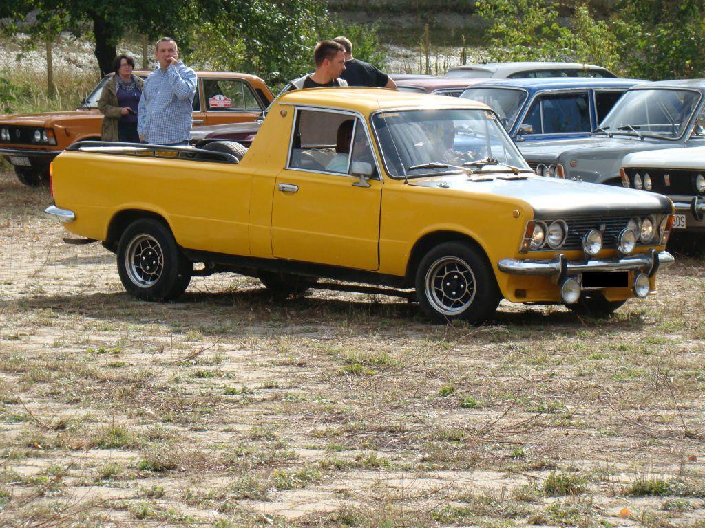 autoszybypakula-60-lat-wfm-fiat-125p-pick-up-2011