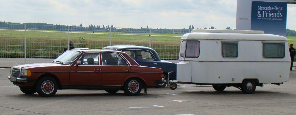 autoszybypakula-berlin-lotnisko-tempelhof-zlot-mercedes-benz-w123-camping-2011-6