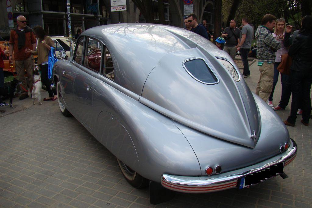 autoszybypakula-classic-auto-otwarcie-sezonu-powisle-tatra-2012-1_0
