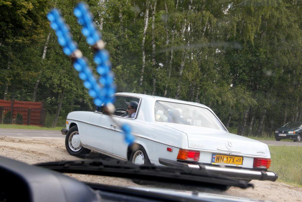 autoszybypakula-mercedesempowisle-w114coupe-2012-2
